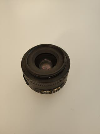 Nikon 35mm F/ 1.8G AF-S DX