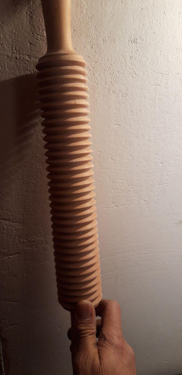 rodillo de madera estriado