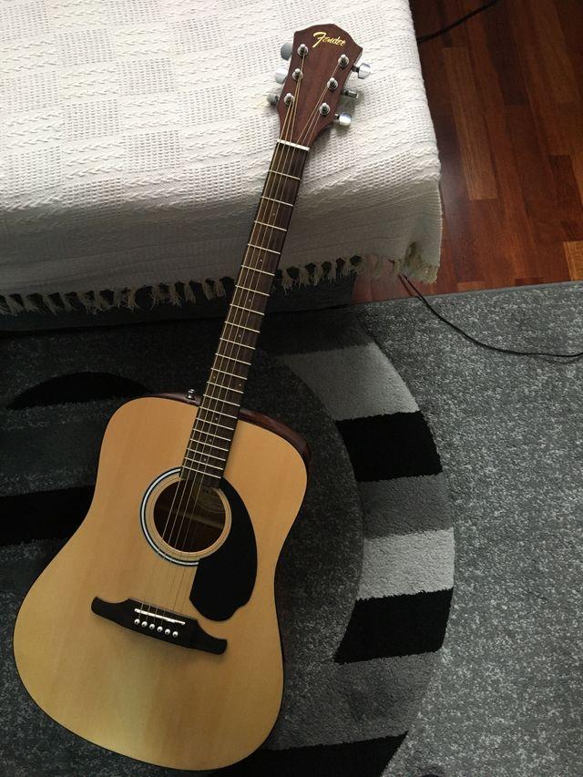 Vendo Guitarra Acústica Fender