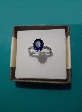 Anillo plata de ley con circon azul zafiro