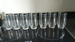 Juego 7 vasos de cristal