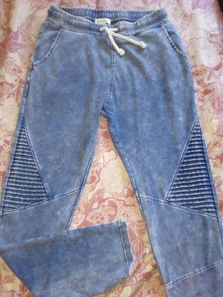 pantalón talla 36 grande