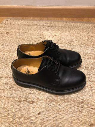 Zapato Dr Martens T-38
