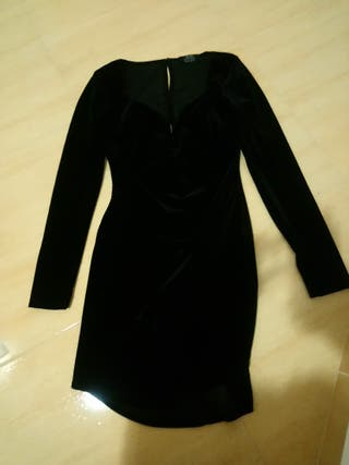 vestido negro bershka terciopelo talla s