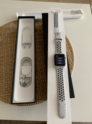 Apple watch serie 3 nike +