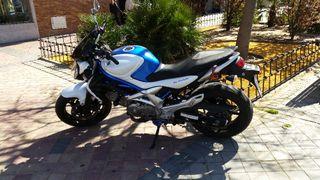 Suzuki Gladius 650 48.300 kms