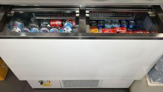 Cámara frigorífica, botellero