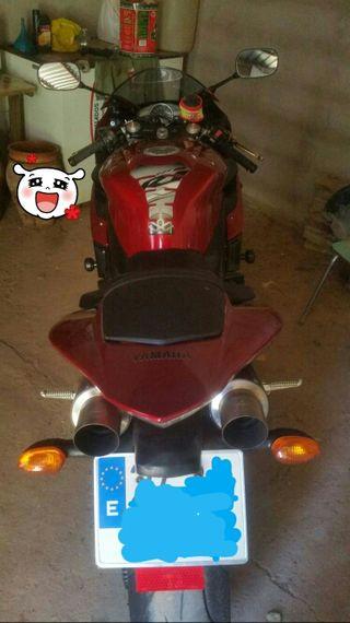 R1 yamaha 05