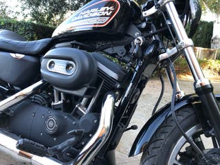 Harley davidson 883r sporster
