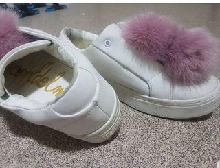 White Sam Edelman Leya Pom Pom Sneaker NEWs