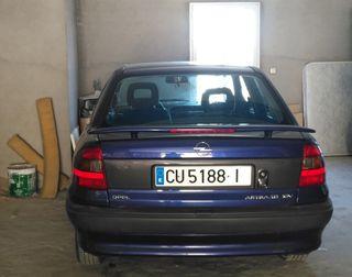 Opel Astra merit 100cv