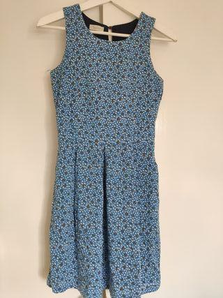 vestido azul con pajaritos
