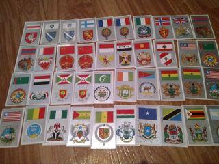 72 cromos de Banderas y Escudos