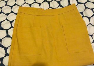 Falda pantalon mostaza de zara