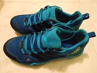 Zapatillas deportivas Adidas Terrex climaproof
