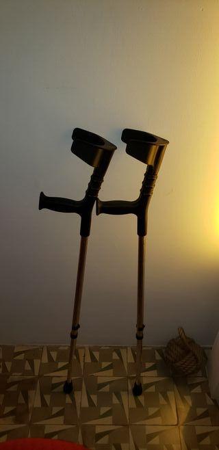 Muletas / crutches