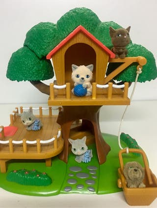 Casita del árbol CHICCO con animales