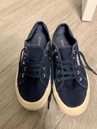 Zapatillas clásicas de lona azul SUPERGA