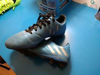 Botas de futbol, poco uso