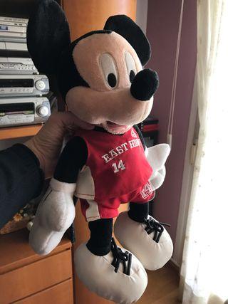 Peluche Mickey Mouse tienda disney