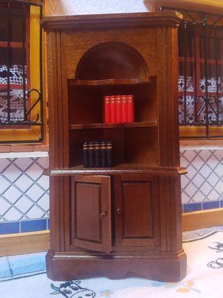 Mueble miniatura esquinero casa de muñecas