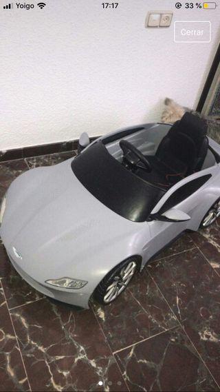coche eléctrico niño