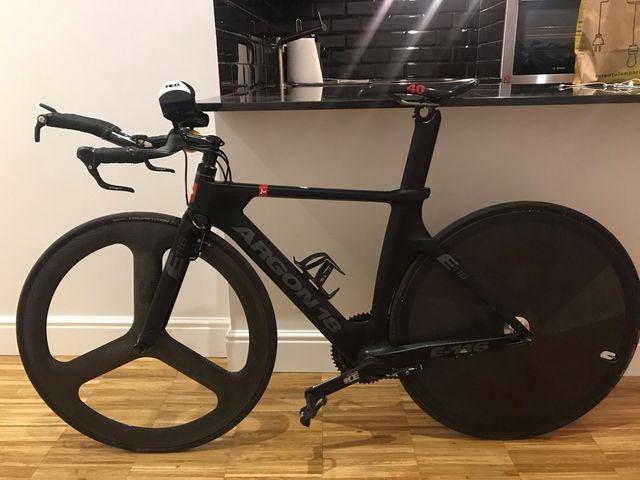 Bicicleta Triatlón ARGON18