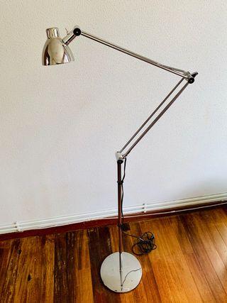 Lámpara de pie IKEA Antifoni