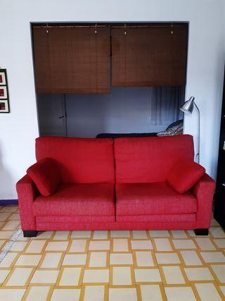 Sofà extensible rojo