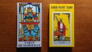2 barajas de tarot (sin estrenar)