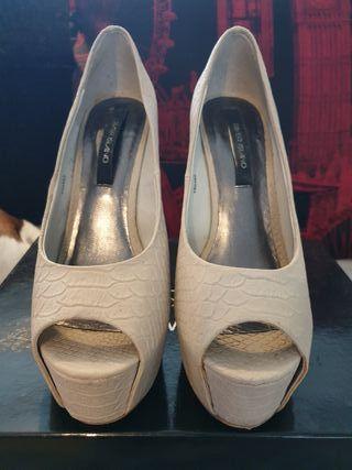 River Island peep toe snake effect heels. size 5.