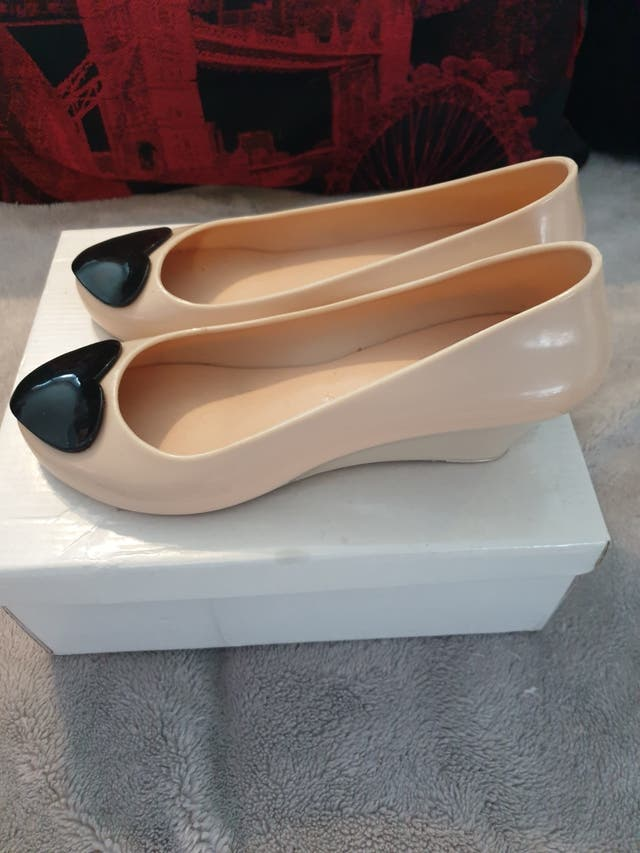lovely small wedge Vivienne Westwood style. size 5