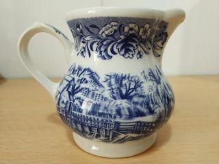 Juego de café porcelana inglesa 12 servicios NUEVO