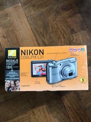 Cámara de fotos y vídeo NIKON COOLPIX L31