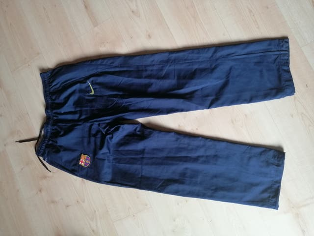 Pantalón largo FC Barcelona talla M original Nike