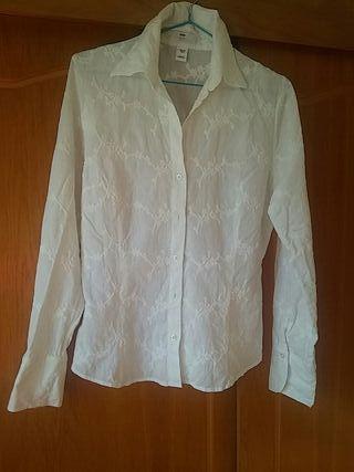 Camisa blanca mujer.