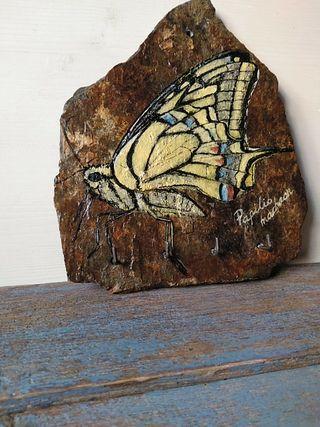 Colgador de llaves pintado a mano, mariposa