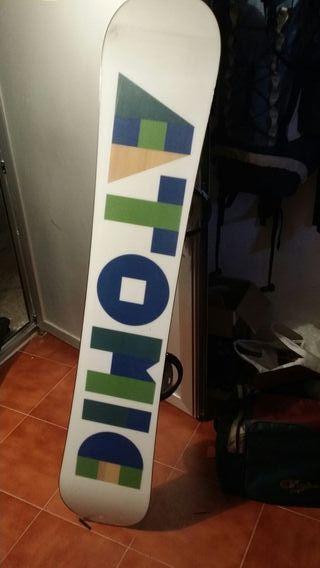tabla snow atomic y botas salomon