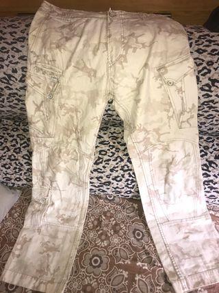 Pantalones militares claros Diésel