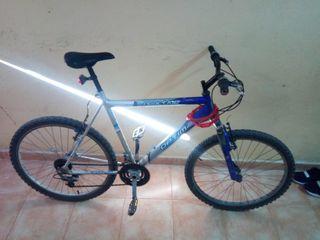 vendo una bicicleta funciona bien solo 50 €