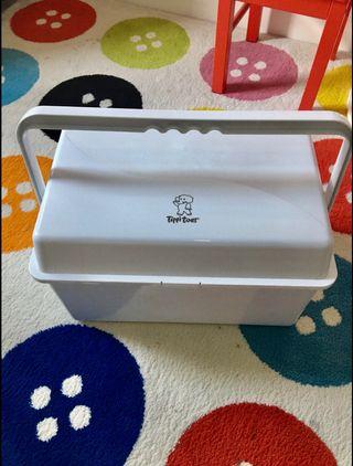 Tippi Toe Baby Box