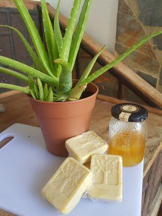 Jabón de aloe y miel