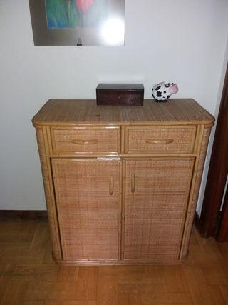 mueble mimbre vintage