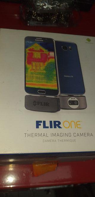 cámara termografica flir one