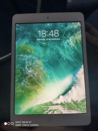 Se vende iPad mini 2 32 g