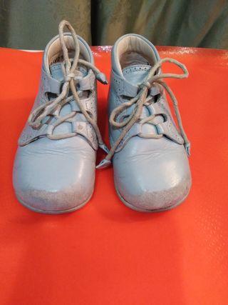 Zapatos Bebé Azul Cielo Número 21