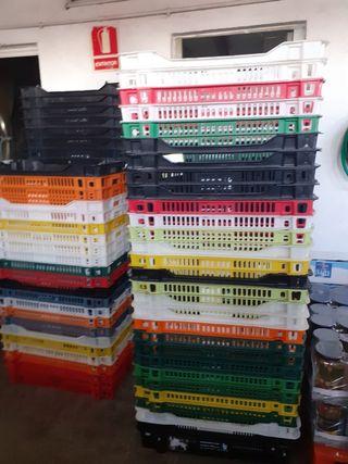 vendo cajas por 2€ cada caja 632640909