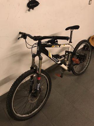 Bicicleta enduro msc