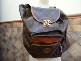 bolso o mochila louis vuitton de piel, mide de anc