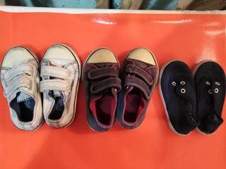 Zapatillas Bebé Número 21.Pone 22 pero se lavaron